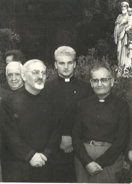 Brat-Franjo-s-generalom-reda-Hansom-Kolvenbachom-1983.-2008.
